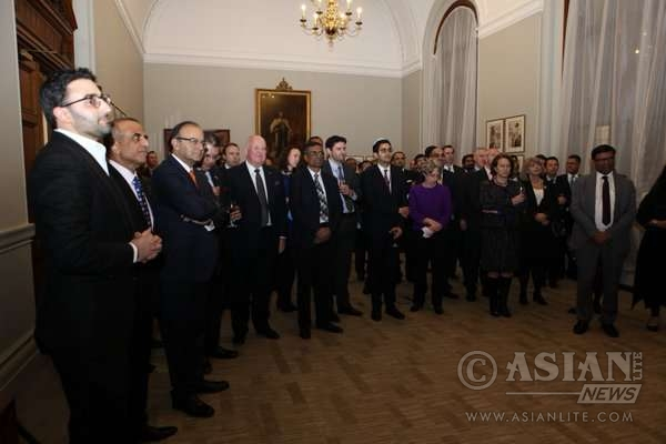 Indian Finance Minister Arun Jaitley with delegates of the conference in London