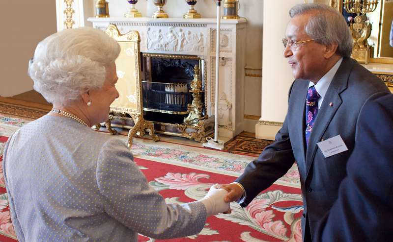 Dr Rami Ranger with Her Majesty Queen Elizabeth II