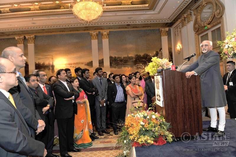 Indian Vice President Mr M. Hamid Ansari addressing the Indian Community in Bangkok