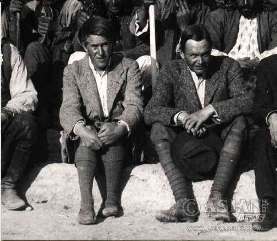 T. E. Lawrence (left) at a dig in Syria in 1913