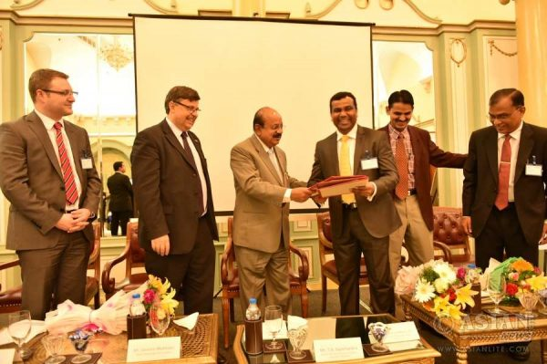L TO R: Tim Newns from MIDAS, British Dy High Commissioner in Bangalore Dominic McAllister, Karnataka Stae Minister of Education, TB Jaya Chandra , Additional Chief Secretary , Government of Karnatak , Bharat Lal Meena and Higher Education Council official from Karnataka