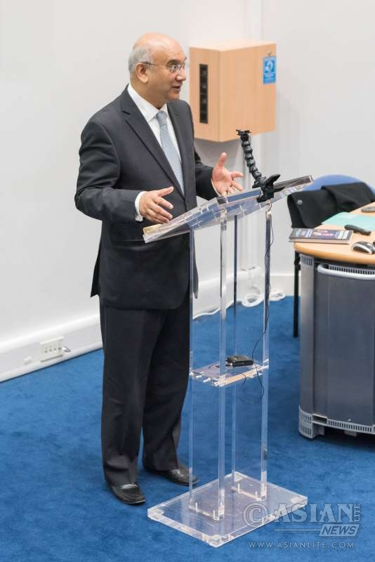 Mr Keith Vaz MP, Chairman, Select Affairs Committee