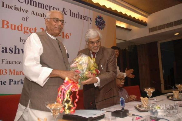 Senior BJP leader and former finance minister Yashwant Sinha with MCCI chief Arun Saraf