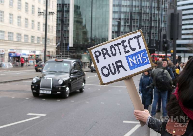 Junior doctors working with the NHS on strike