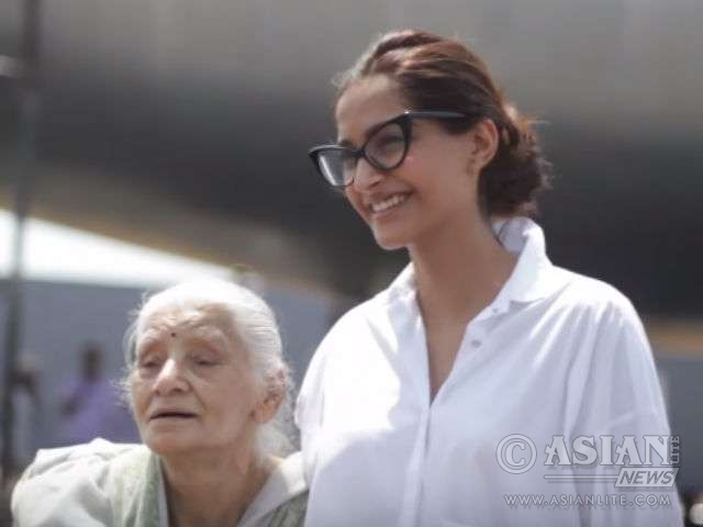 Actress Sonam Kapoor with Neerj's mom Rama Bhanot
