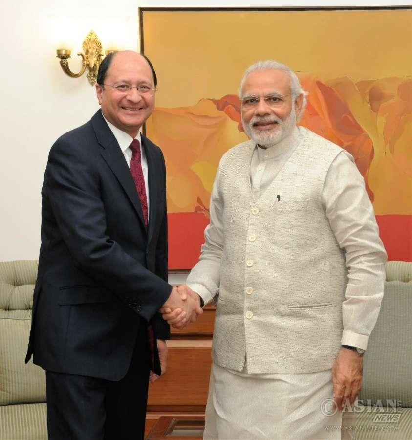 Shailesh Vara with Indian Prime Minister Narendra Modi