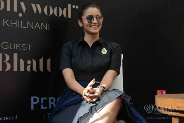 Alia Bhatt during the book launch of 'I hate Bollywood' by Rohit Khilnani on Day 1 of BollyGoods