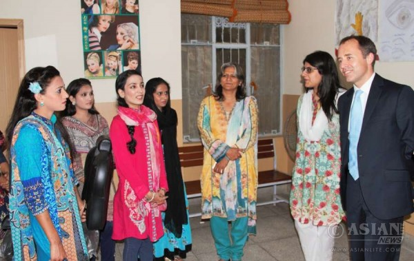 British High Commissioner, Mr. Thomas Drew CMG, during a visit to Kashf Foundation's training and small business incubation centre for women in the Walton Cantonment area of Lahore.