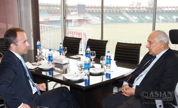 British High Commissioner, Mr. Thomas Drew CMG, in a meeting with the Chairman of Pakistan Cricket Board (PCB), Mr. Shaharyar M. Khan.