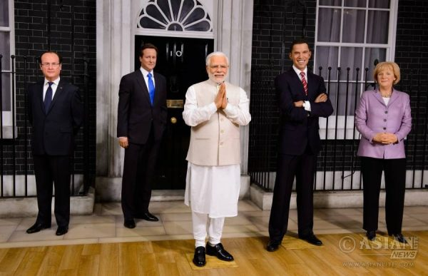 Narendra Modi at Madame Tussauds London 4