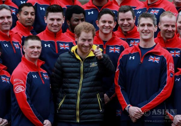 Prince Harry unveils the UK Team for Invictus Games 2016 at Buckingham Palace_4