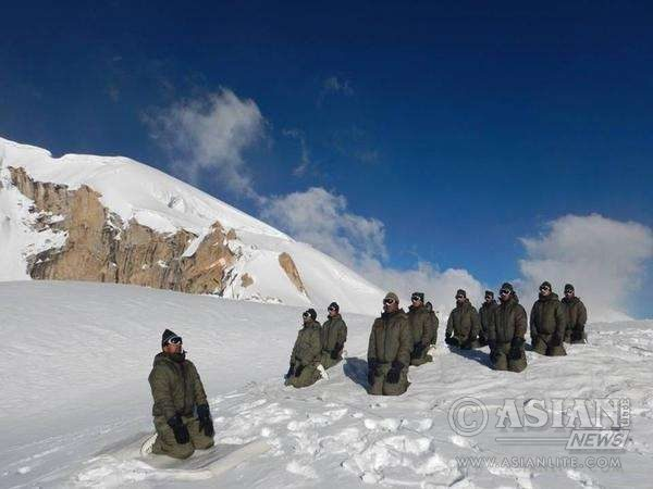 Indian Army personnel participate in Yoga Day celebrations at Siachen glacier