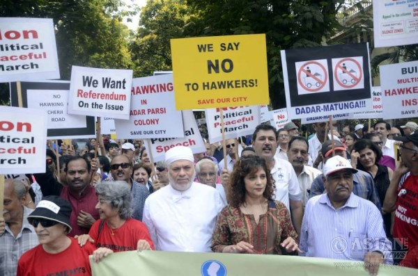 Ghazal singer Penaz Masani and other Parsis participate in a rally to protest against creation of hawkers' zone in Mumbai