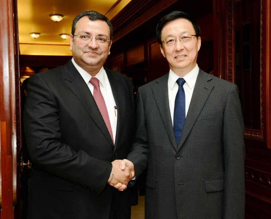 Chairman of Tata Sons Cyrus Mistry with Member of the Political Bureau of the Central Committee of the Communist Party of China (CPC) Han Zheng in Mumbai (File)