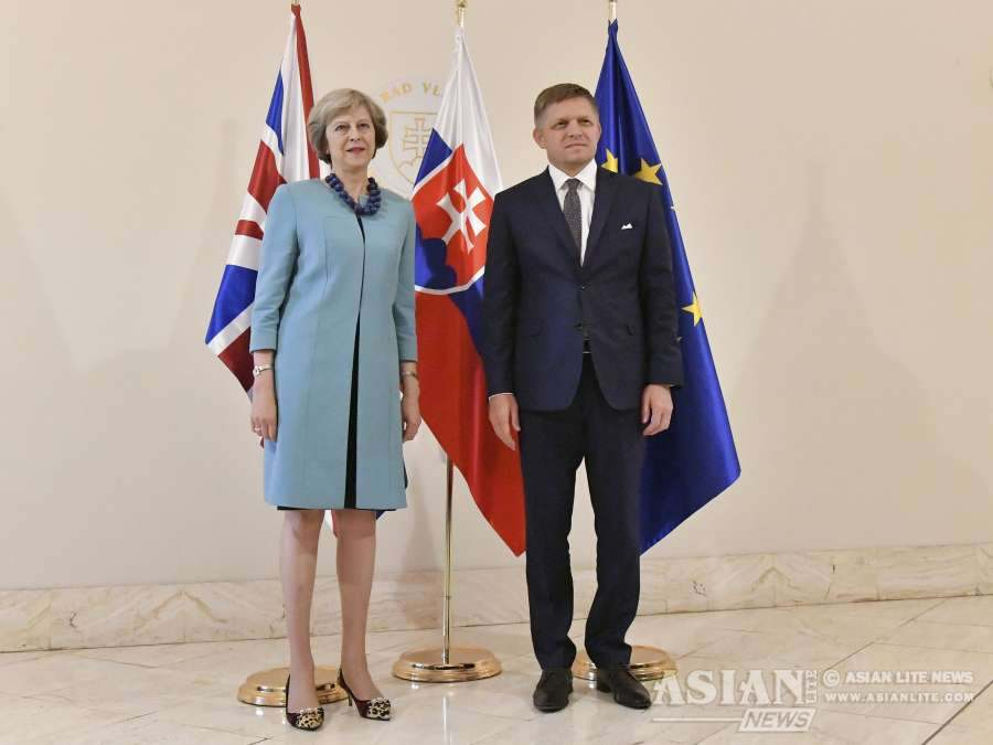 Mrs May with Slovakian PM Robert Fico in Bratislava
