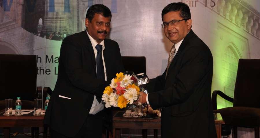 Ashishkumar Chauhan, (right) MD of Bombay Stock Exchange