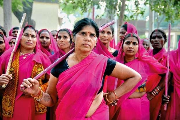 Pink Sari Gang