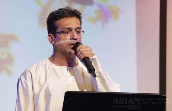 Dr Mahesh Patwardhan