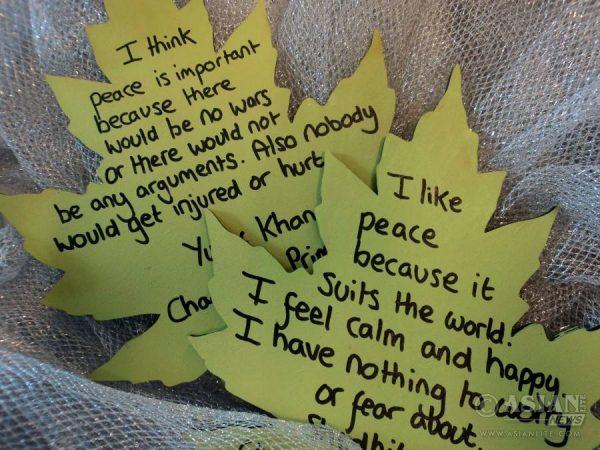 Words of Peace pledges on leaf