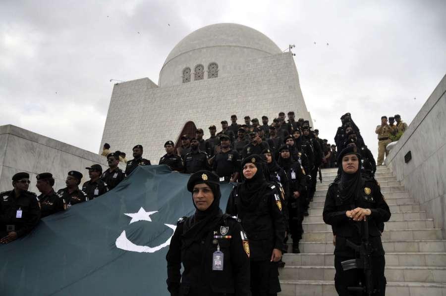 Pakistan Pakistani army women soldiers