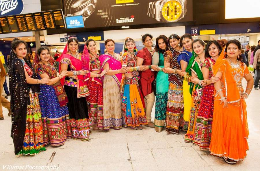 Indians in London Group and Inspiring Indian Women group perform at Waterloo station