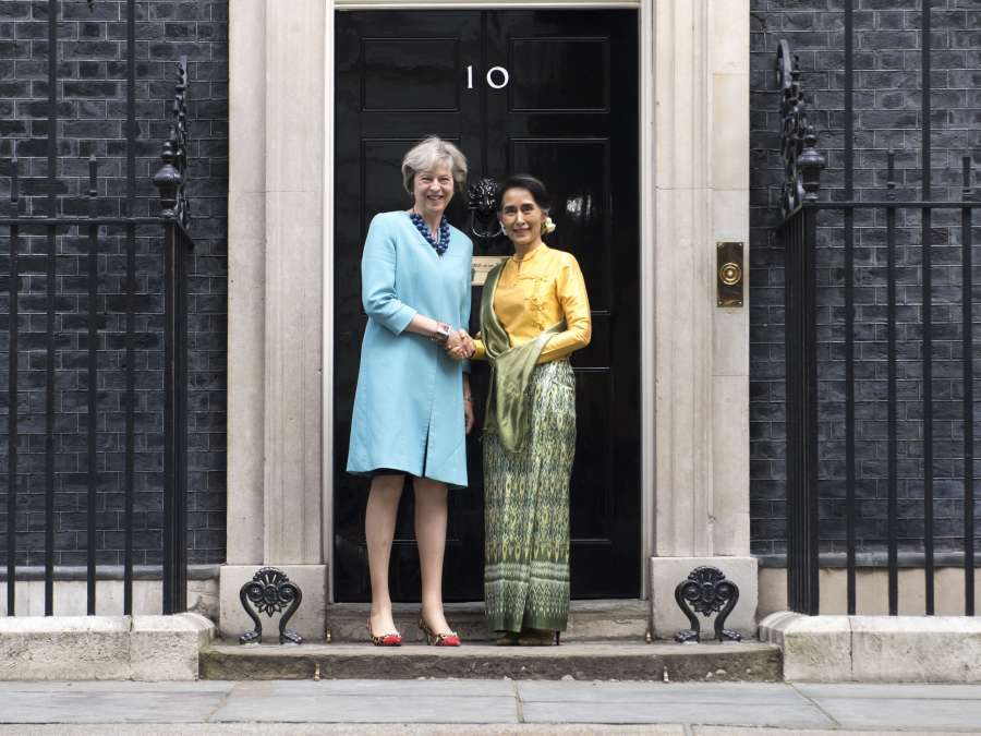 Prime Minister Theresa May with Myanamar Nobel Laureate Aung San Suu Kyi