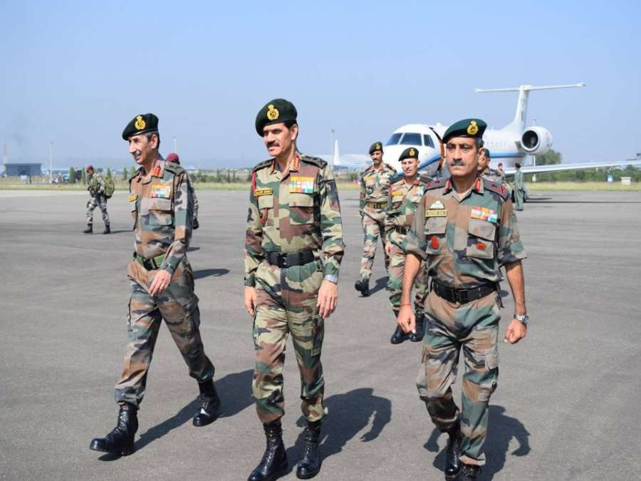 Army chief General Dalbir Singh Suhag arrives at Srinagar to review situation in Kashmir valley
