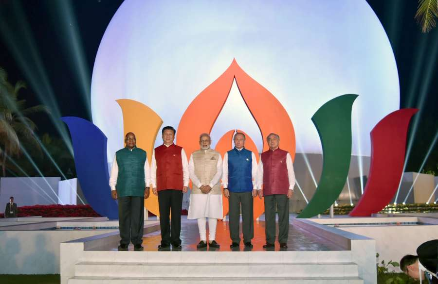 BRICS leaders pose for a group pic. Prime Minister Narendra Modi, Russian President Vladimir Putin, Chinese President Xi Jinping, South African President Jacob Zuma and Brazilian President Michel Temer ahead of BRICS Informal Dinner in Goa