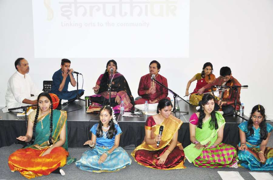 Dr Chithra Ramakrishnan FRSA, centre, with accomplished Carnatic musicians and vocalists paying tribute to Dr MS Subbulakshmi