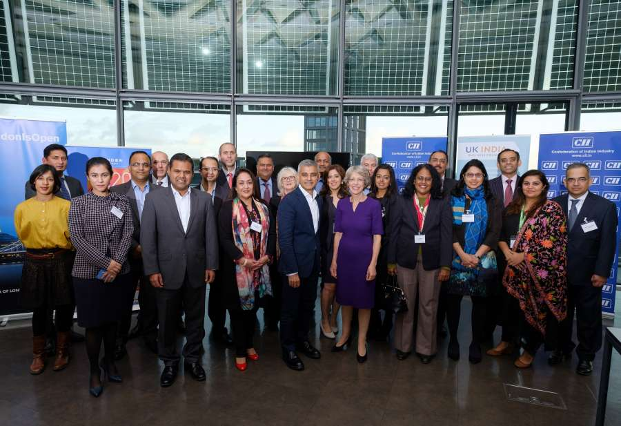 London Mayor Sadiq Khan with Indian business leaders