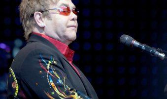 Elton John not planning to retire