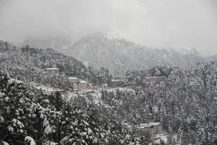 Udhampur: A view of Patni Top in Udhampure district of Jammu and Kashmir on Jan 13, 2017. (Photo: IANS)