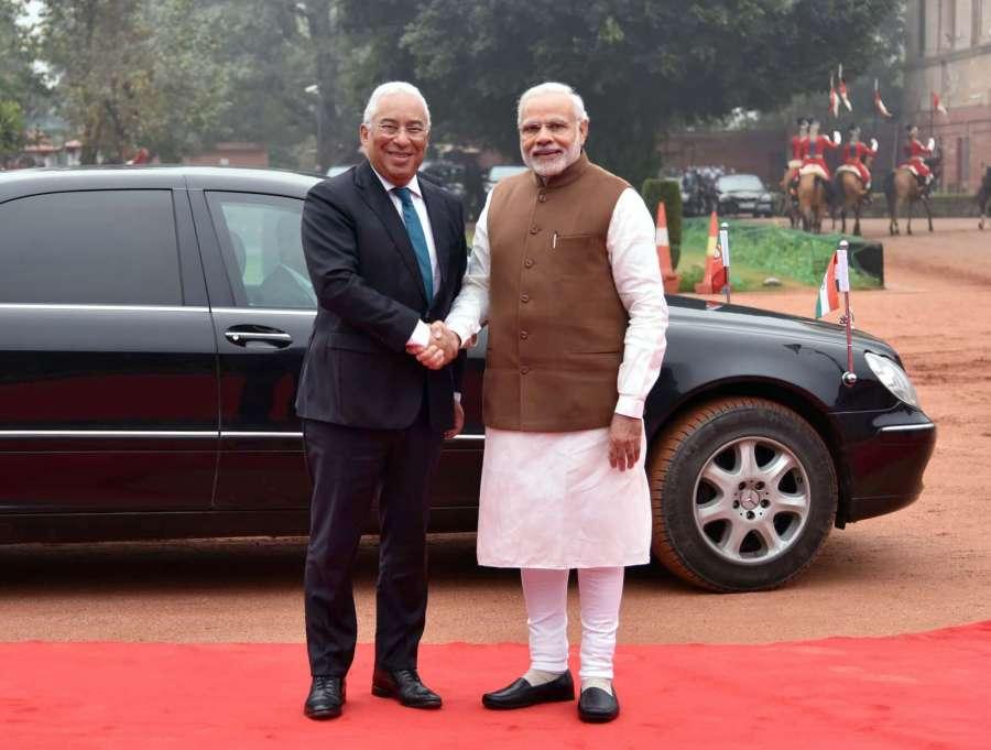 New Delhi: Prime Minister Narendra Modi welcomes the Antonio Costa, Prime Minister of the Portuguese Republic at the ceremonial reception, at Rashtrapati Bhavan, in New Delhi on Jan 7, 2017. (Photo: IANS/PIB)