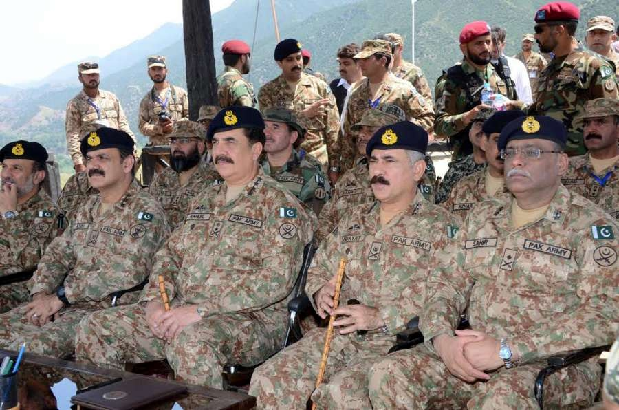 KHYBER AGENCY, Aug. 19, 2016 (Xinhua) -- Photo released by Pakistan's Inter Service Public Relations (ISPR) on Aug. 19, 2016, shows Pakistan Army Chief General Raheel Sharif (3rd R) sits with troops in northwest Pakistan's Khyber Agency. Pakistan Army Chief General Raheel Sharif on Friday visited troops in a mountainous region where the security forces are fighting the militants to block their cross-border movement, the military said. (Xinhua/ISPR/IANS) by .