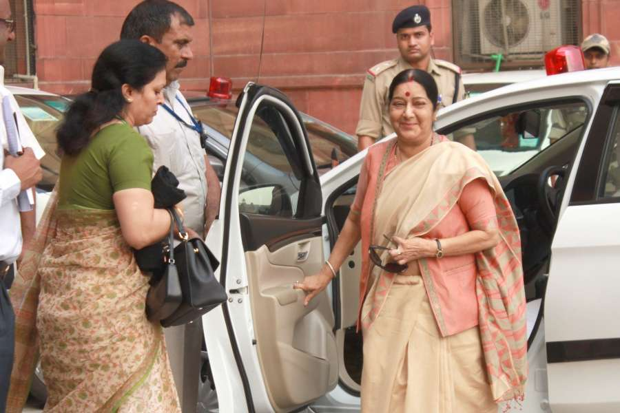New Delhi: External Affairs Minister Sushma Swaraj arrives to attend an All Party meeting at North Block in New Delhi on Sept 29, 2016. India caused