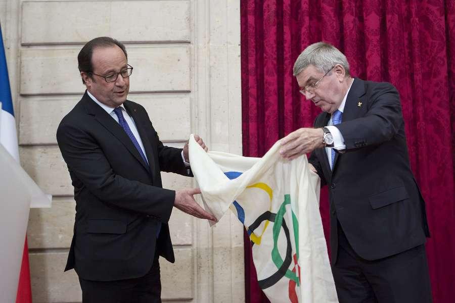 (SP)FRANCE-PARIS-IOC-BACH by .