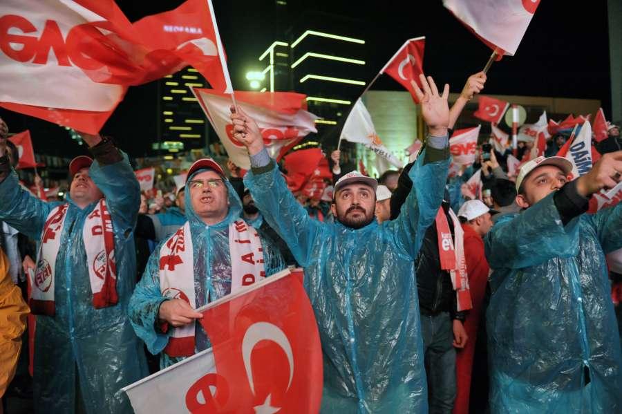 TURKEY-ANKARA-REFERENDUM-VOTE by .