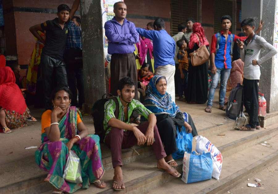 BANGLADESH-DHAKA-CYCLONE-MORA by .