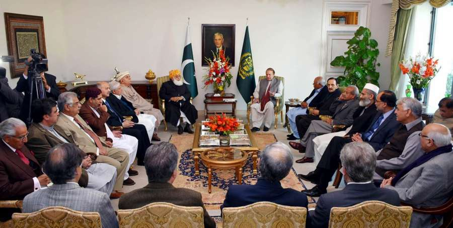 ISLAMABAD, Jan. 15, 2016 (Xinhua) -- Photo released by Pakistan's Press Information Department (PID) on Jan. 15, 2016 shows Pakistani Prime Minister Nawaz Sharif (R, rear) attends a meeting on China-Pakistan Economic Corridor (CPEC) with political leaders in Islamabad, capital of Pakistan. A consultative meeting of Pakistan's senior political leaders decided on Friday to form a steering committee headed by Prime Minister Nawaz Sharif to oversee the implementation of the China-Pakistan Economic Corridor project. (Xinhua/PID/IANS) by .