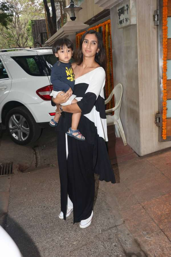 Mumbai: Actor Pragya Yadav with her son during Tussar Kapoor son Laksshay`s first birthday party in Mumbai on June 1, 2017. (Photo: IANS) by .