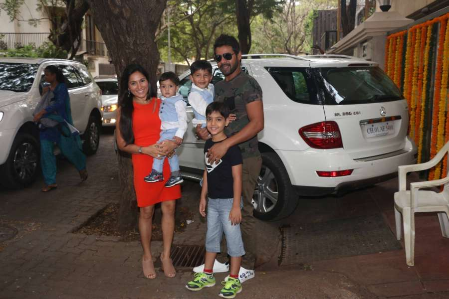 Mumbai: Television actor Shabbir Ahluwalia along with his wife Kanchi Kaul and son`s during Tussar Kapoor son Laksshay`s first birthday party in Mumbai on June 1, 2017. (Photo: IANS) by .