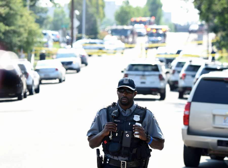 ALEXANDRIA, June 14, 2017 (Xinhua) -- Policemen work at the site of the gunshot at Eugene Simpson Stadium Park in Alexandria, Virginia state, the United States, on June 14, 2017. The gunman who opened fire Wednesday morning at a U.S. congressional baseball practice field has been identified as James T. Hodgkinson, a white male in his 60s. (Xinhua/Yin Bogu /IANS) by .