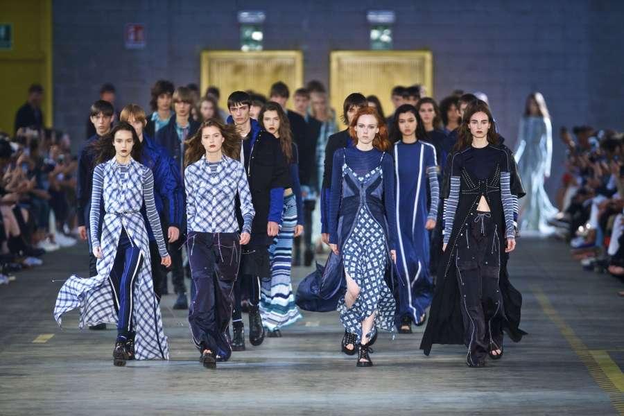 MILAN, June 18, 2017 (Xinhua) -- Models walk the runway during the Men/Women show for fashion house Diesel Black Gold during Milan Men's Fashion Week Spring/Summer 2018 in Milan, Italy, on June 17, 2017. (Xinhua/Jin Yu/IANS) by .