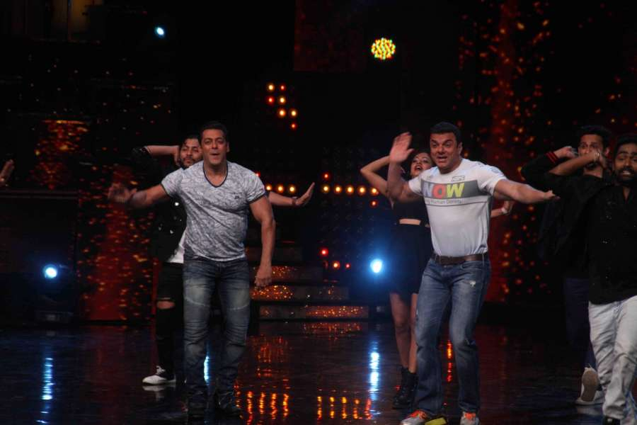 Mumbai: Actors Salman Khan and Sohail Khan during the promotion of film Tubelight on the sets of Star Plus TV show Nach Baliye Season 8 in Mumbai, on June 7, 2017. (Photo: IANS) by .