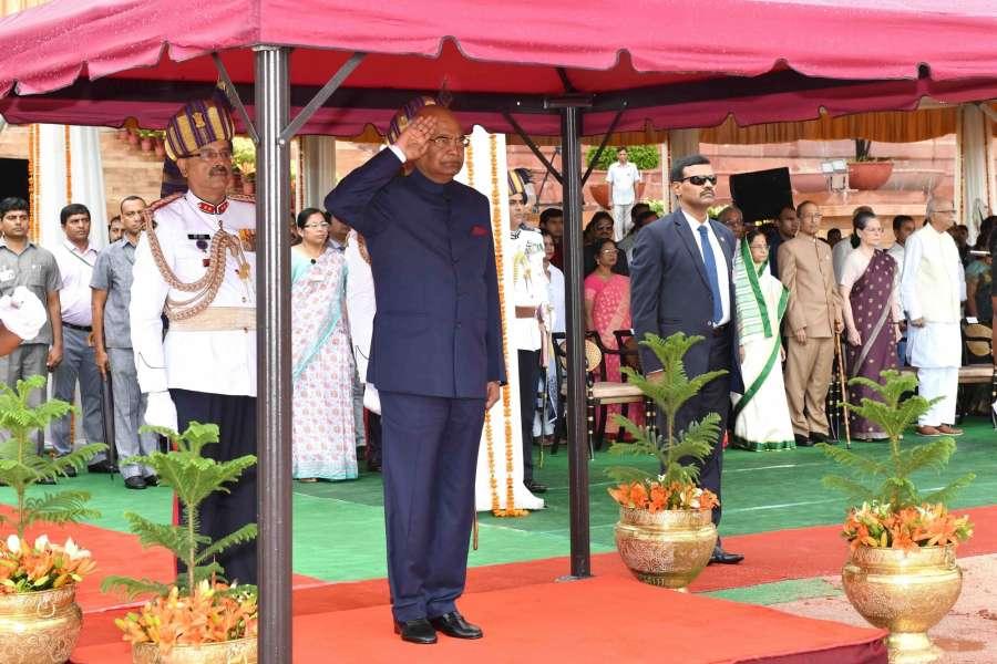 New Delhi: President Ram Nath Kovind gives National Salute at Forecourt, Rashtrapati Bhavan in New Delhi, on July 25, 2017. (Photo: IANS/RB) by .