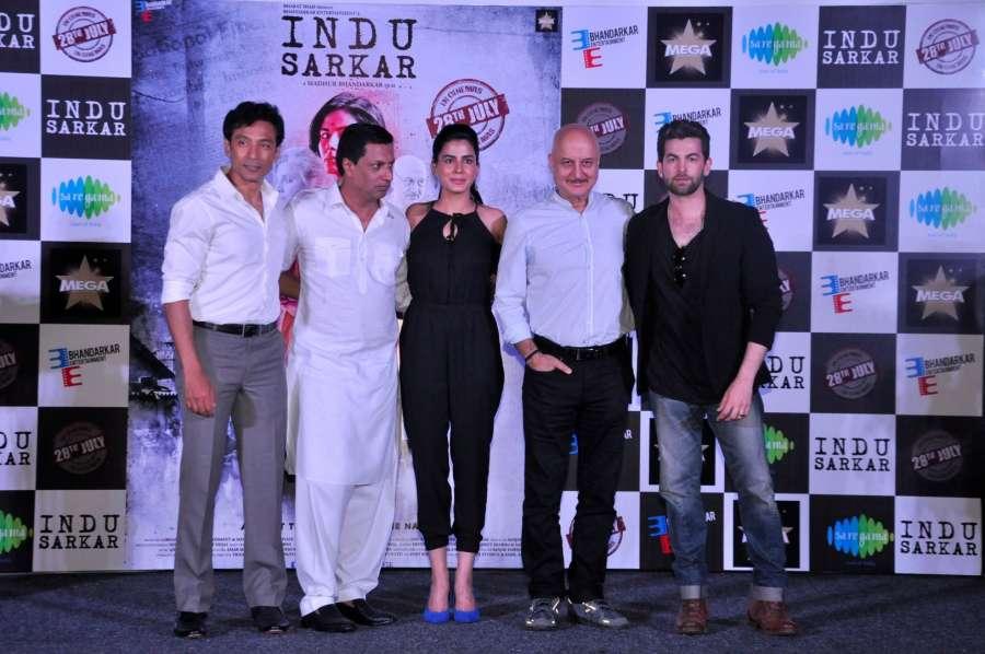 Mumbai: Actors Anupam Kher, Kirti Kulhari, Neil Nitin Mukesh, Tota Roy Chowdhury and director Madhur Bhandarkar during trailer launch of their upcoming film