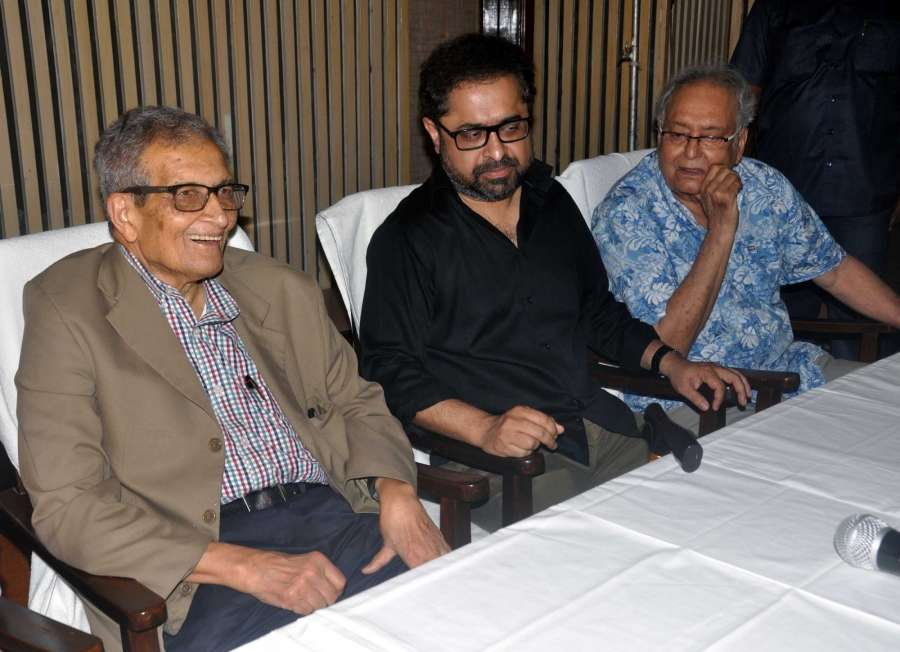 "Kolkata: Nobel laureate Amartya Sen and actor Soumitra Chatterjee during the special screening of Suman Ghosh's film ""The Argumentative Indian"" in Kolkata, on July 10, 2017. (Photo: IANS) by ."