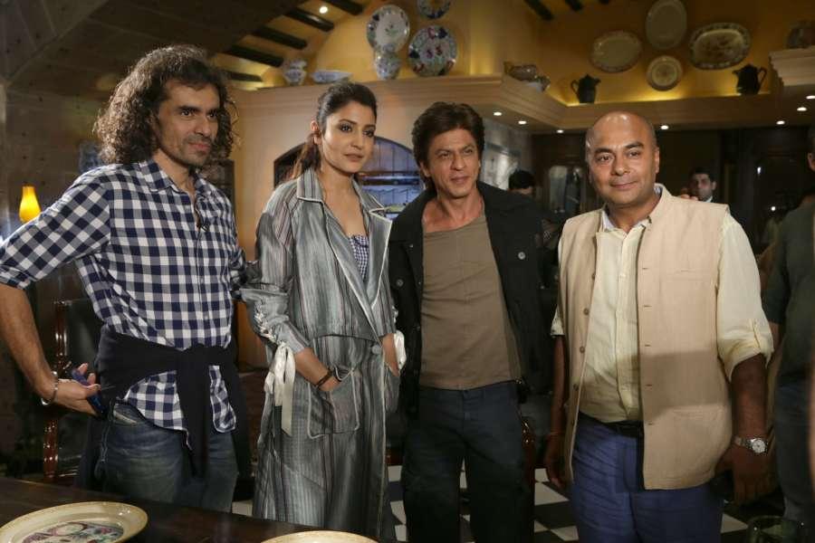New Delhi : Filmmaker Imtiaz Ali with actors Anushka Sharma and Shah Rukh Khan during a press conference regarding their upcoming film