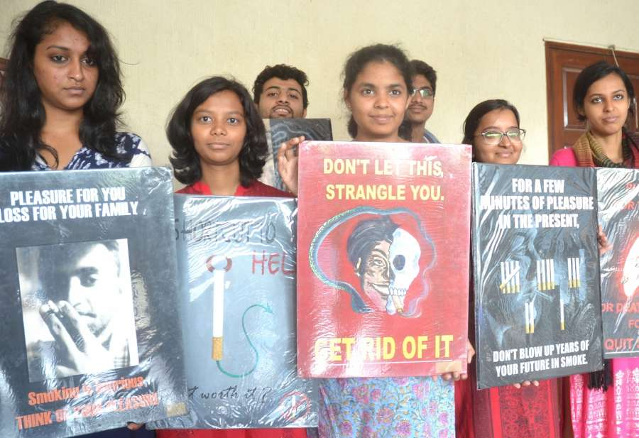 Bengaluru: Indian Dental Association members participate in a awareness program organised on World No Tobacco Day 2017 in Bengaluru, on May 31, 2017. (Photo: IANS) by .