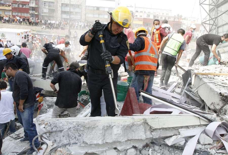 MEXICO-MEXICO CITY-EARTHQUAKE by .